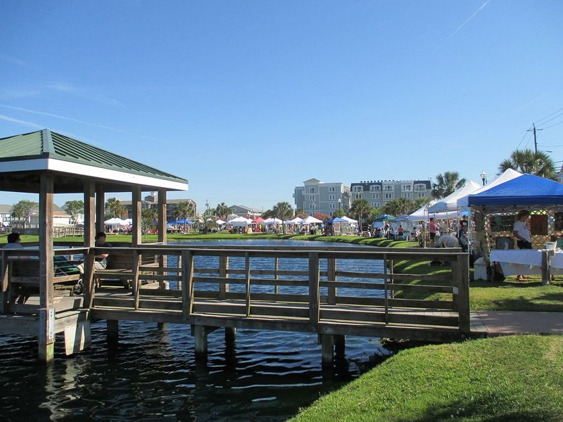 Farmer's Market at Carolina Beach Lake Park
