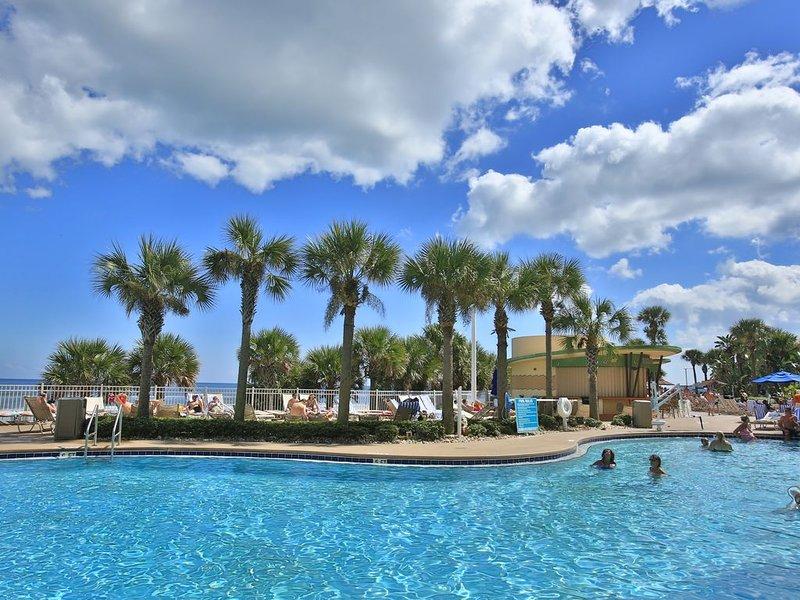 Beautiful 1 Bedroom, Ocean Front On The 6th Floor, Wyndham Ocean Walk, vacation rental in Daytona Beach