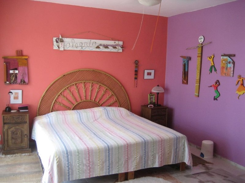Beautiful, Quiet Condo Near Village & Beach, alquiler de vacaciones en Puerto Morelos