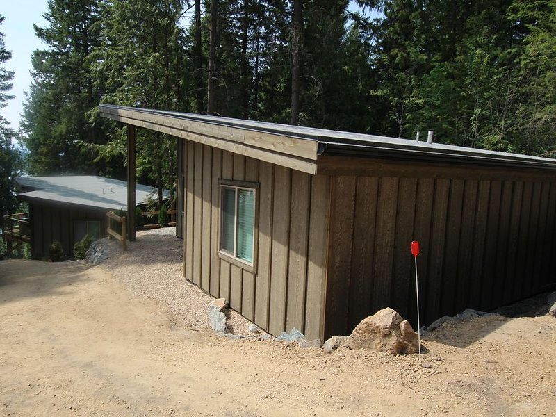 Cabin 2  called Hidden Haven at Blind Bay Hideaway on the beautiful Shuswap Lake, holiday rental in Celista