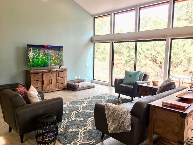 Red Mountain Shadows Retreat -- Enjoy Sedona With All The Comforts of Home, Ferienwohnung in Sedona