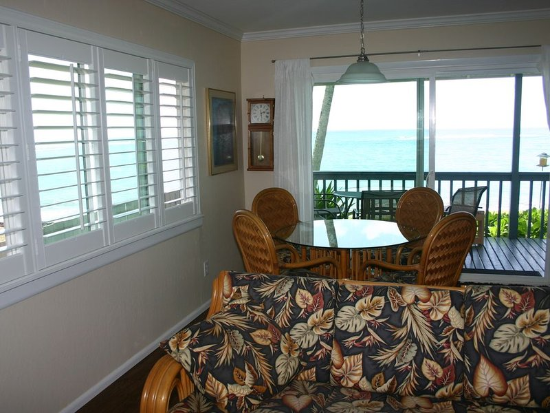 Cozy Oceanfront Home - Secluded Beach, North of Sunset Beach - Near Kawela Bay, holiday rental in Kahuku