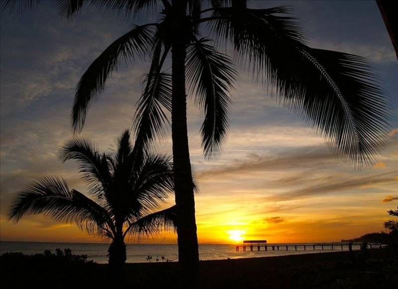 Watch unforgettable sunsets just like this one every night, right from the lanai