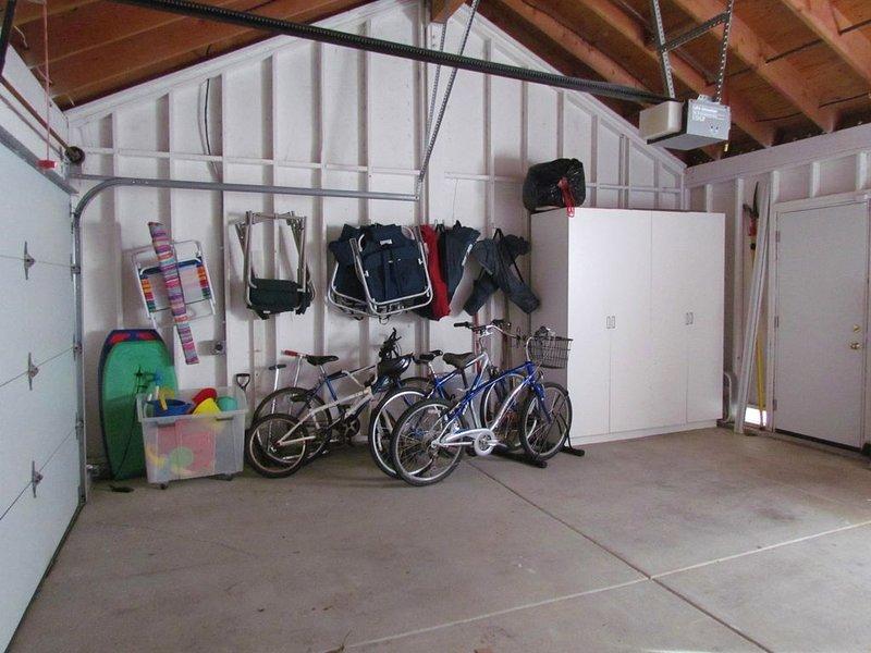 Garagem cheia de tudo que você precisa!