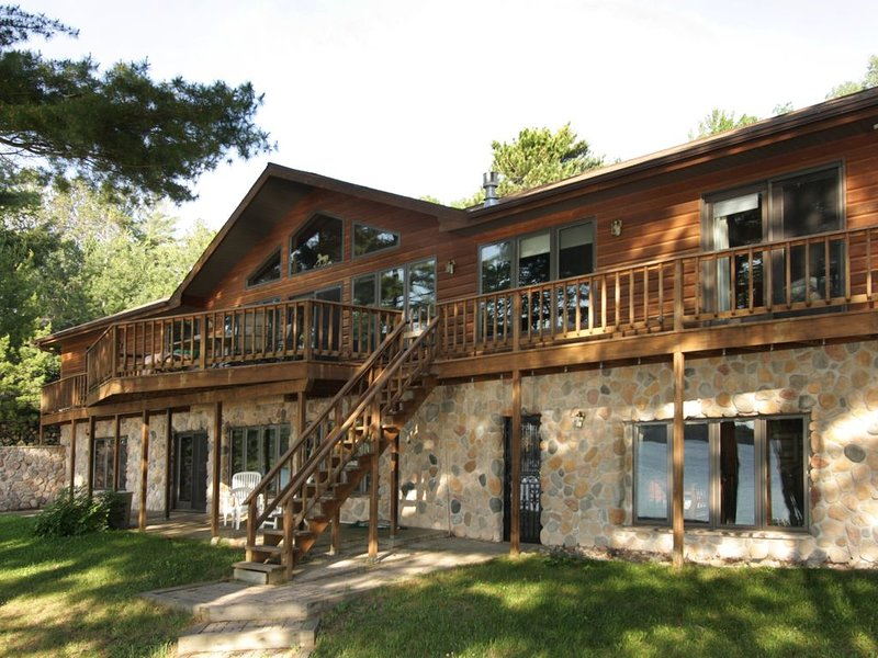 Plum Lake Cabin in the Northwoods, holiday rental in Star Lake