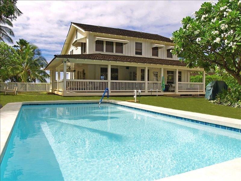 Ocean Front Historic Estate w/ Private Pool on Sunny Westside....  TVNCU #1099, location de vacances à Kekaha