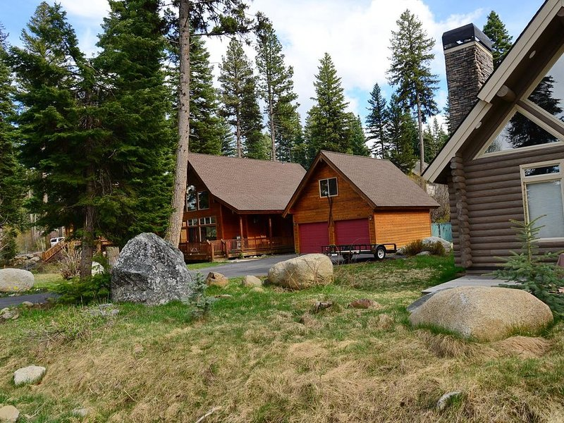 Family and Pet Friendly, holiday rental in McCall