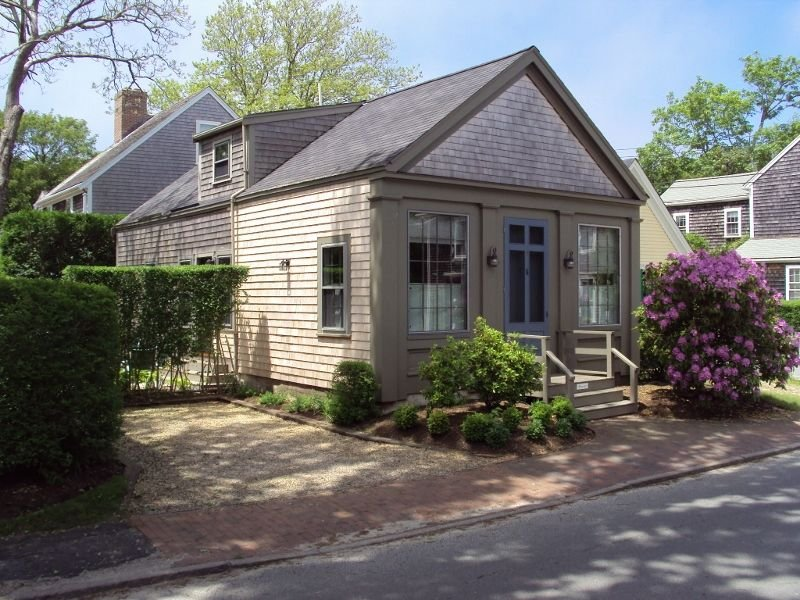 Cottage in Prime ~In-Town~ Location, vacation rental in Siasconset