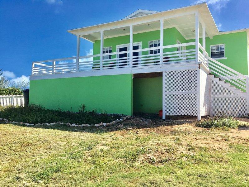 3 Bed Sugar Apple Family Home with Amazing Ocean Views, location de vacances à Rainbow Bay