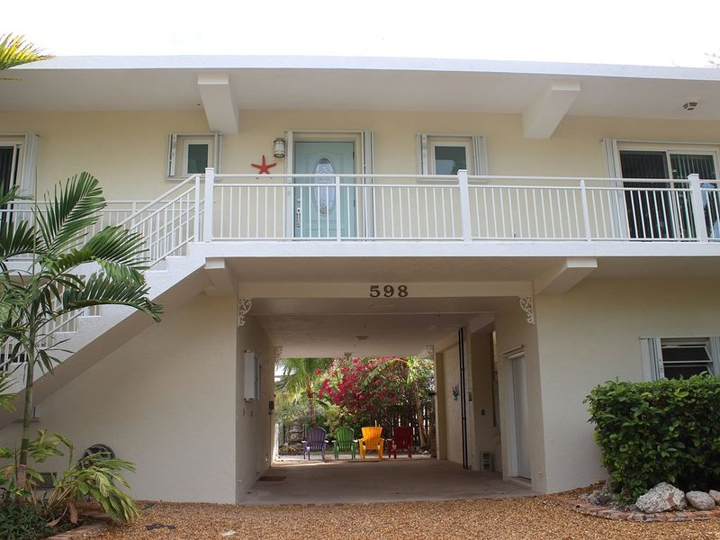 Updated Waterfront Beach Home Tavernier/Key Largo, holiday rental in Sunset Point