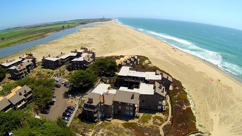 Pajaro Dunes Resort: Pelican Point Beach Condo - Beach, Ocean & River Views, vacation rental in Watsonville