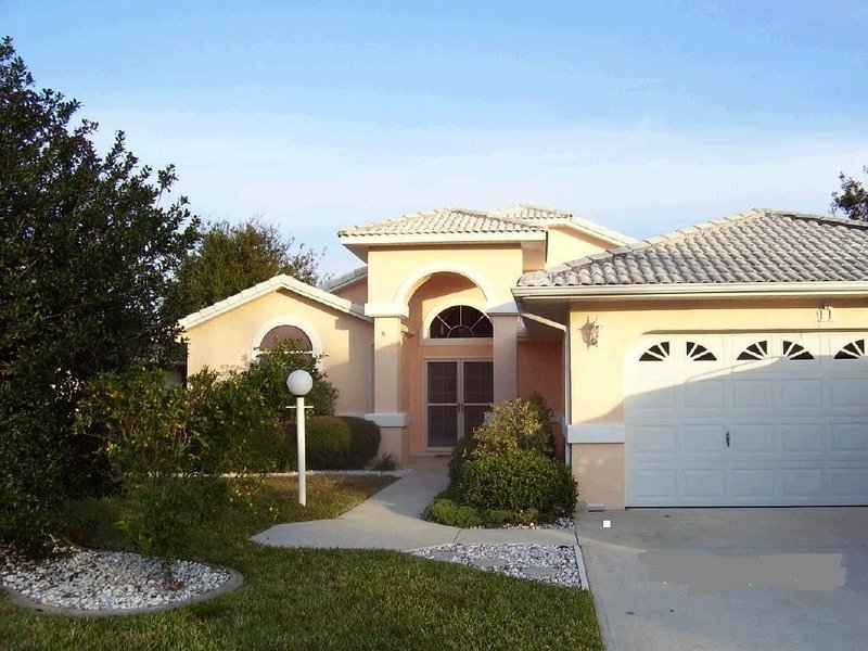 SALT WATER CANAL HOME WITH HEATED POOL/PET FRIENDLY, alquiler de vacaciones en Palm Coast