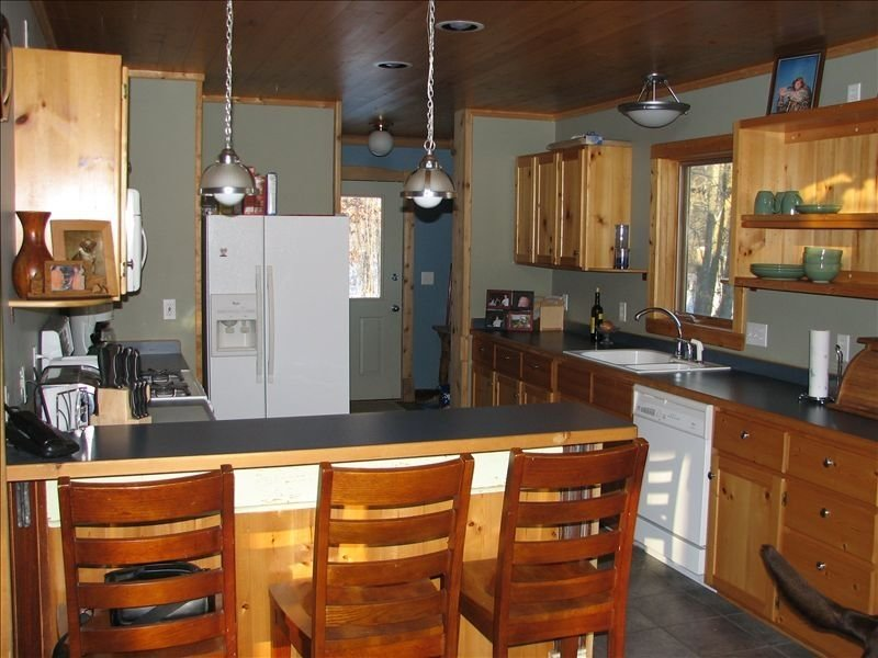 Private Northwoods Retreat, vacation rental in Luck
