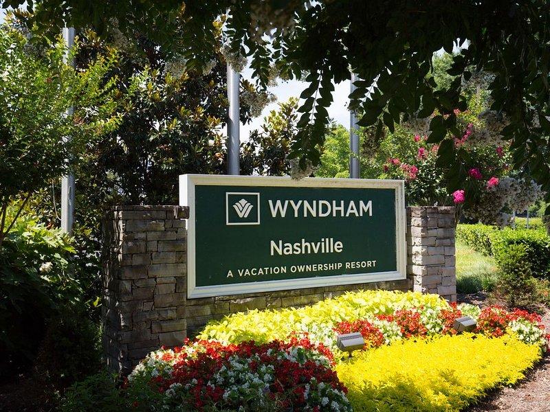 Luxury 2 Bedroom Wyndham Nashville Condo, vacation rental in Nashville