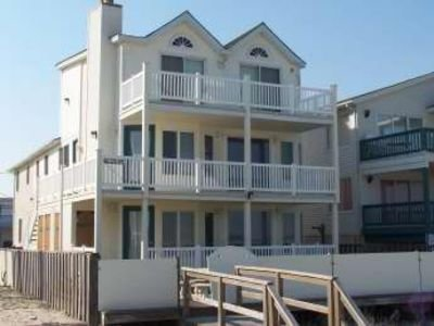 Deluxe 2nd Fl Ocean Front Duplex with Breathtaking View, holiday rental in Strathmere