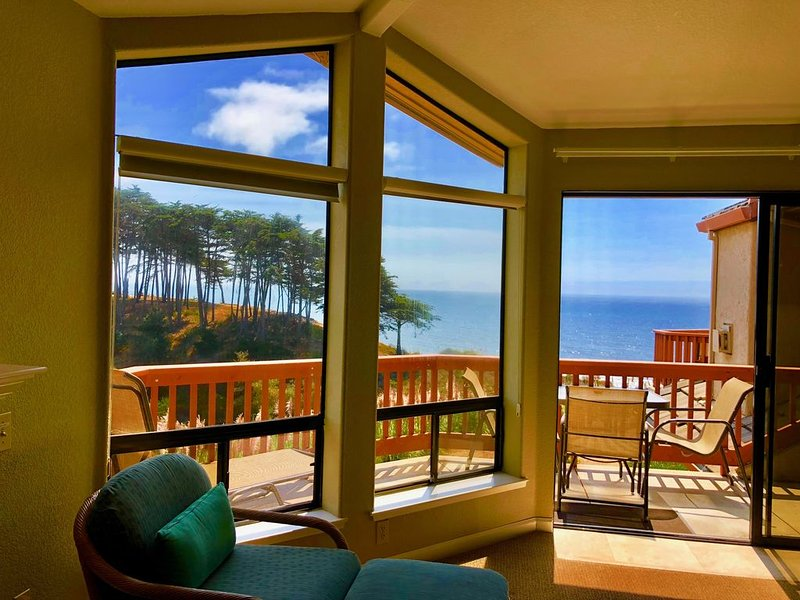 Seascape Resort 2br with Direct Ocean Views, location de vacances à La Selva Beach