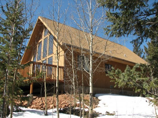 Beautiful Secluded Mountain Home in Divide with Pikes Peak views, vakantiewoning in Divide