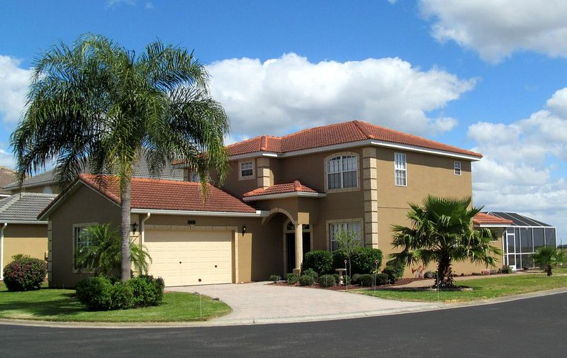 6 BR/5 BA Executive Disney Themed Vacation Home/Villa-Orlando/Gated Community, vacation rental in Four Corners