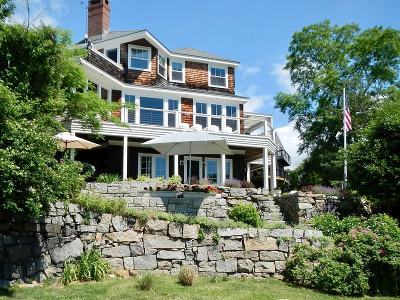 On the Cove - Beautiful Apartment Right on Lanes Cove, vacation rental in Cape Ann