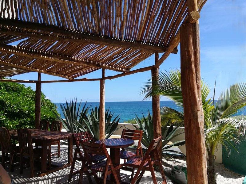 Unique Caribbean ocean front Castillo Del Mar, holiday rental in Playa Mujeres
