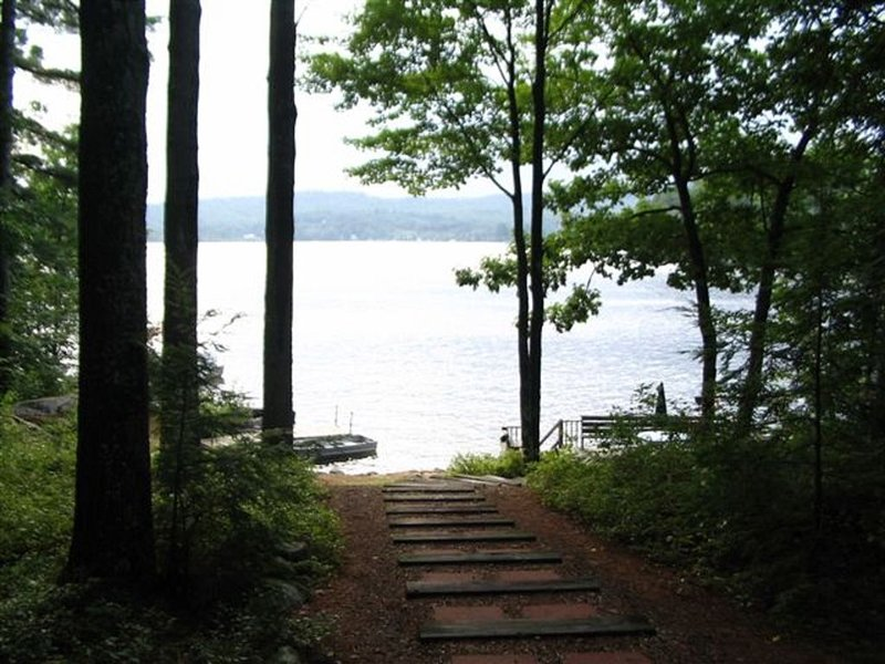 Private Lakefront Home, Camp Haven, is a great place for a family vacation!, vacation rental in Alexandria