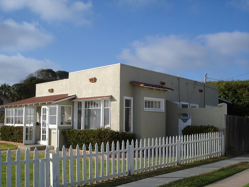 Carlsbad Boulevard Adjacent to State Beach, holiday rental in Carlsbad