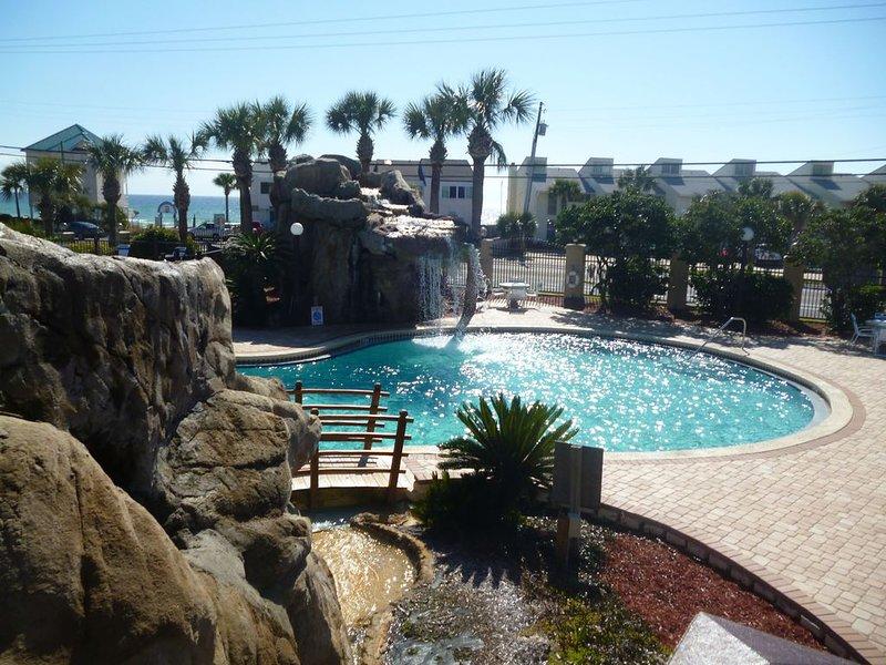 R-6 Portside Condominiums in PCB, FL!  Gorgeous, Family Friendly Resort!, alquiler de vacaciones en Panama City Beach