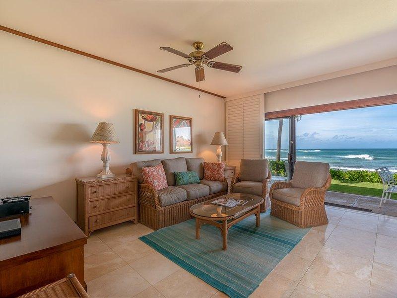 Kiahuna's Premier Beach Front Beachhouse - 20 Feet to the Beach!, vacation rental in Koloa