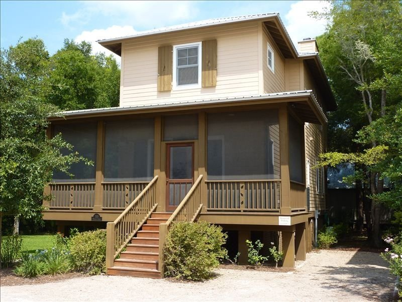 3rd NIGHT FREE!!  Peace of Paradise - Sleeps 6; - Steinhatchee Landing, holiday rental in Steinhatchee