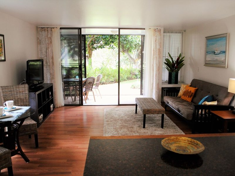 Turtle Bay Corner Condo With A Fairway View!, holiday rental in Kahuku