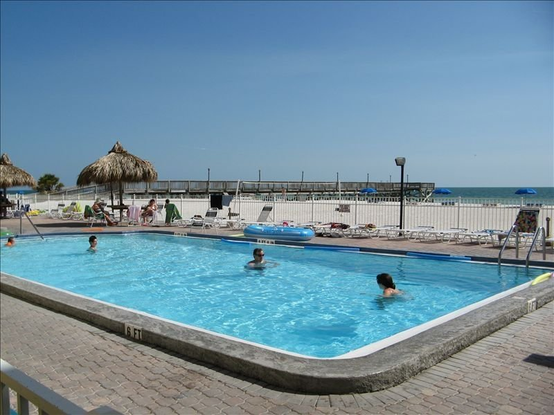 5*  Beach Front, 3BR/2BA,1470 ~SF~ Exclusive Sand Dollar Resort, vacation rental in Indian Shores