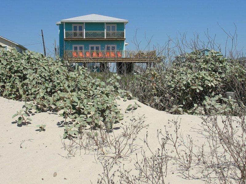 BEACHFRONT   6 beds 4 baths, location de vacances à Freeport