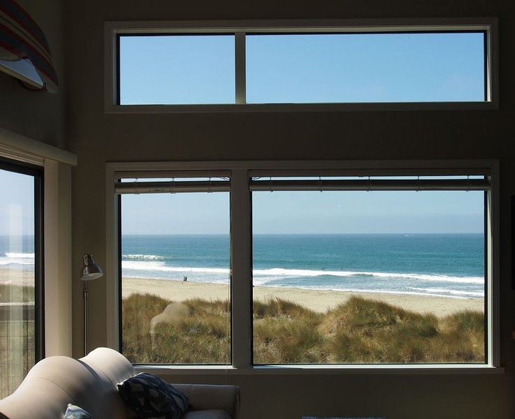 Beachfront Condo With Amazing Views, Comfort, And Fun For Everyone, holiday rental in Pajaro Dunes