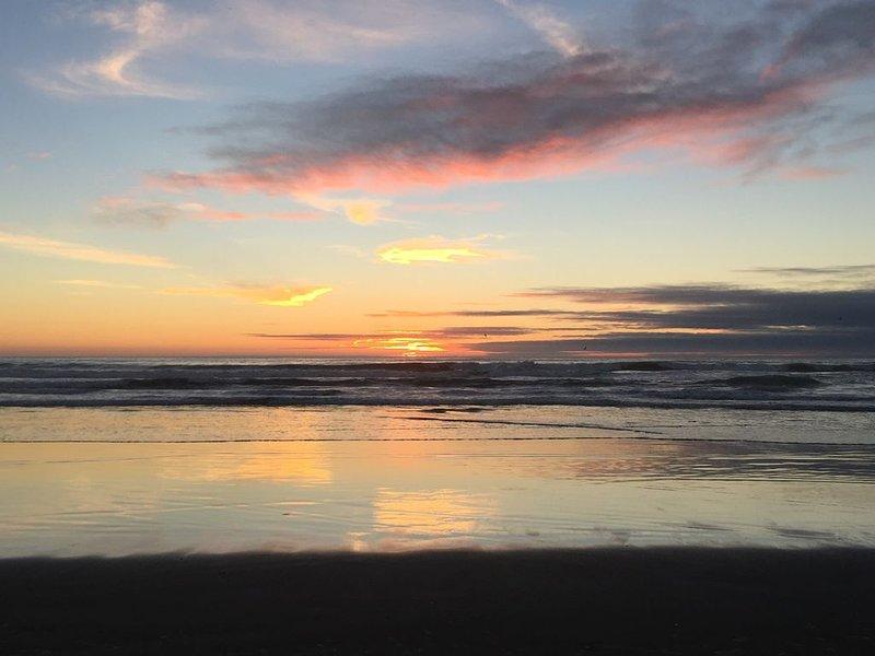 Vista del atardecer desde la playa
