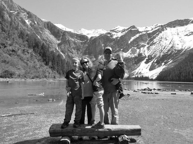 Venha desfrutar do Glacier National Park tanto quanto nós! (Lago Avalanche 2015)