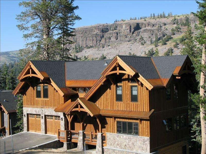 Kirkwood Luxury Palisades Home between Chair 6 & 7., holiday rental in Bear Valley
