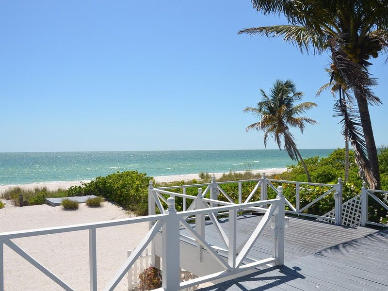 Beautifully Decorated, 3 Bedroom Home Right On The Beach., vacation rental in Bonita Springs