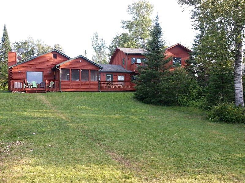 Grand Marais Deviltrack Lake Home New Updates!, casa vacanza a Grand Marais