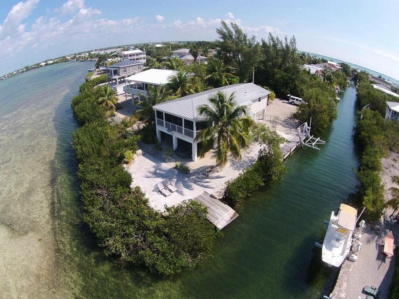 """Key's Life' Ocean Views, Sunsets and Tropical Breezes Await You!!!"", holiday rental in Cudjoe Key"