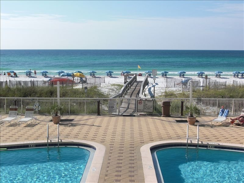 We Sleep 9 Now!  Luxurious Renovation, Great for the family!, alquiler vacacional en Fort Walton Beach