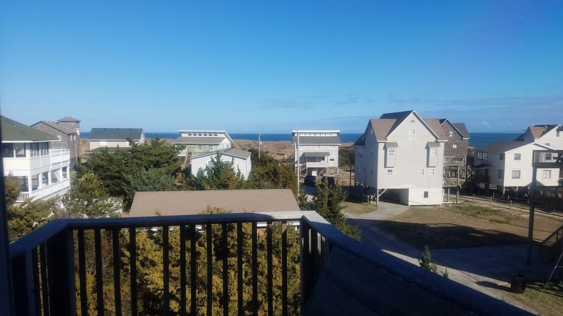 Enhanced Cleaning & Air Purification Oceanviews 4 Houses from The Ocean, alquiler de vacaciones en Avon