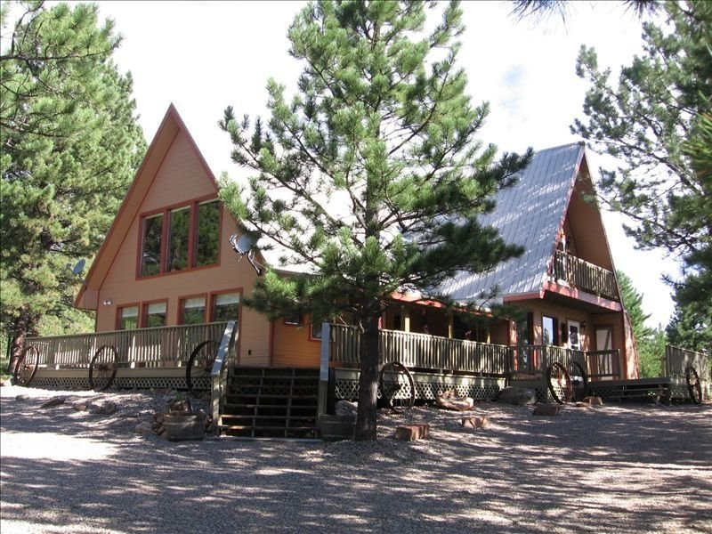 Large 3BR/2.5BA House/GREAT RATES/  2 KINGS / 4 QUEENS! *1 to 12 GUESTS*, holiday rental in Angel Fire