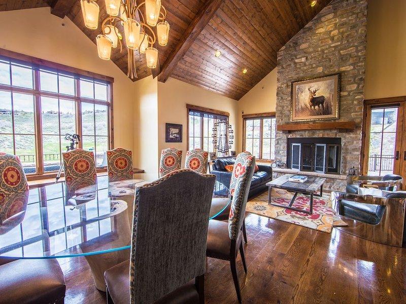 Luxury 6,500 Sq. Ft. Mountain Contemporary Perfect for Large Famiies, location de vacances à Coalville