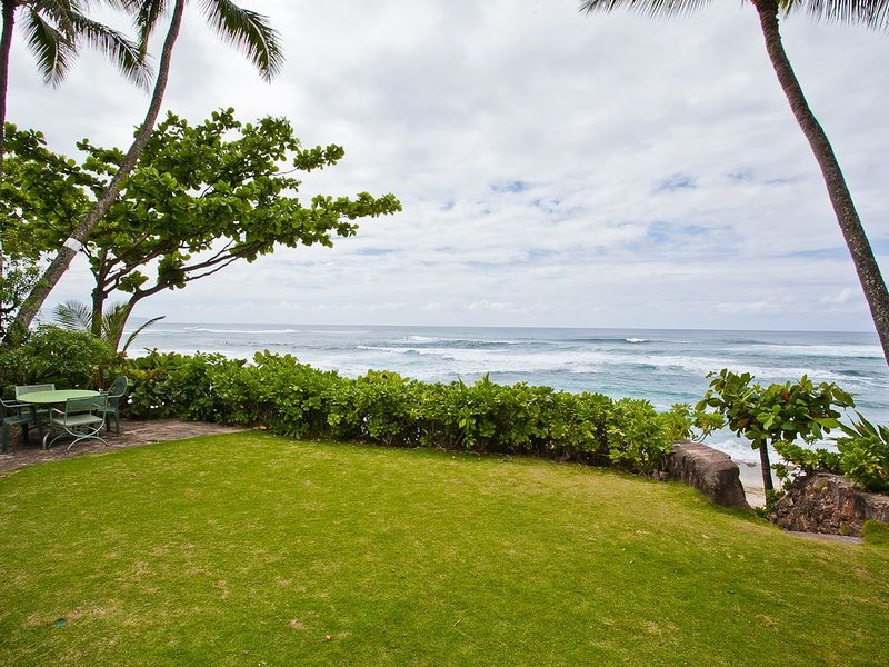 Bare Feet Retreat at Sunset Beach-- come relax with us!, holiday rental in Haleiwa