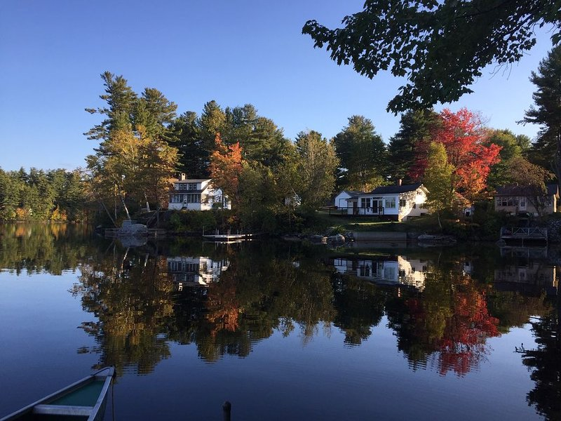 Classic Maine Cabin On Quiet Panther Pond In Raymond, ME, vacation rental in Raymond