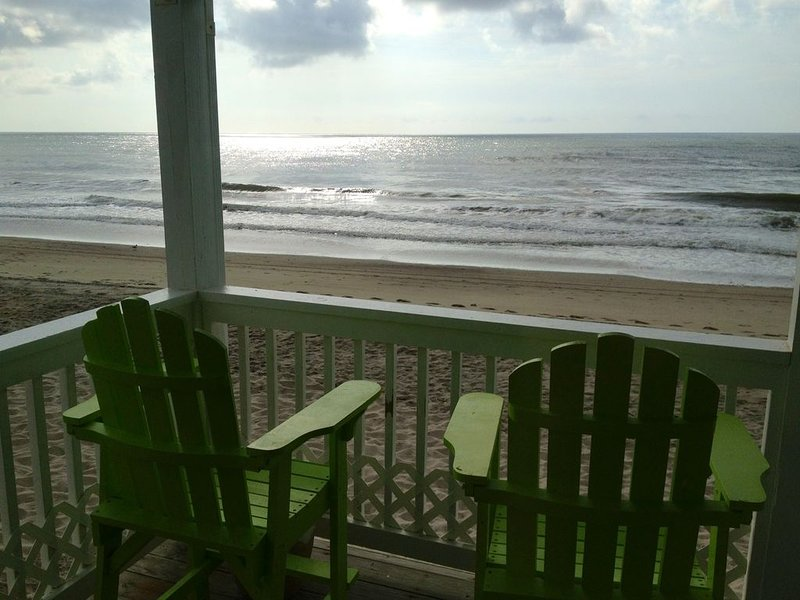 Ocean-front! Walk Out To Beach, holiday rental in Kure Beach