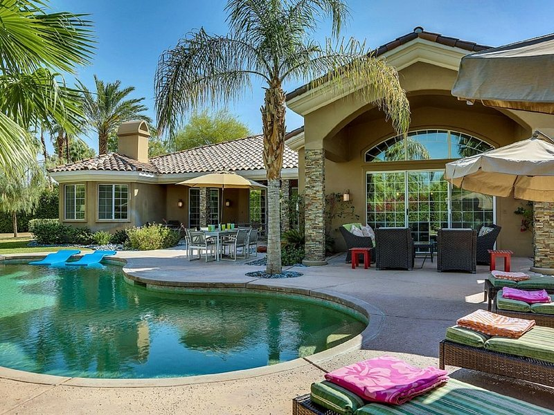 Indulgent Escape Luxury home great for groups, families and friends!, holiday rental in Rancho Mirage