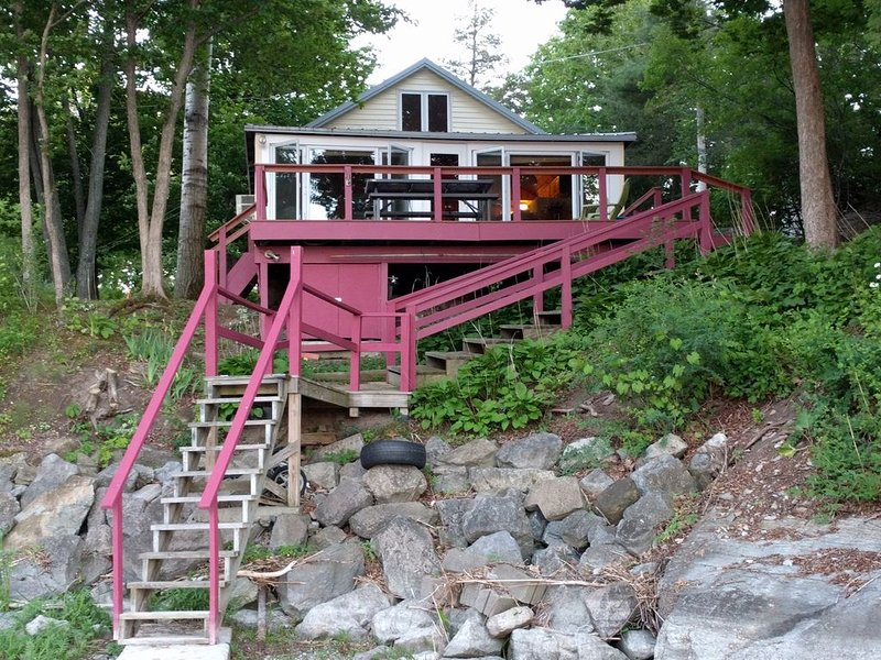 Lake front cottage, Long Point community, North Ferrisburgh, Vermont, aluguéis de temporada em Essex