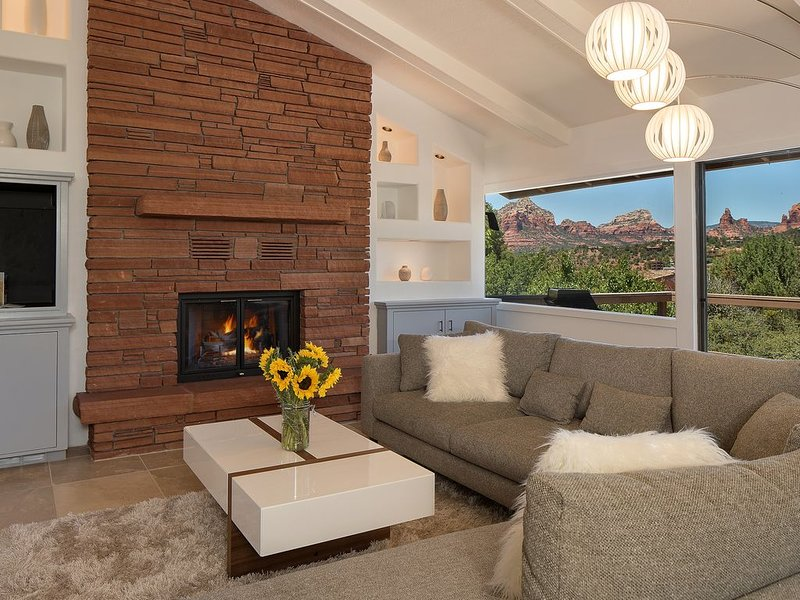 Spectacular Red Rock Views & close to pretty much everything!, vacation rental in Sedona