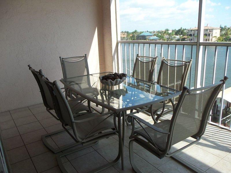 LaScala 3BR Luxury Condo on Bay Waters/Gulf View!s Spa Pool Beach Steps To Beach, alquiler de vacaciones en Naples Park
